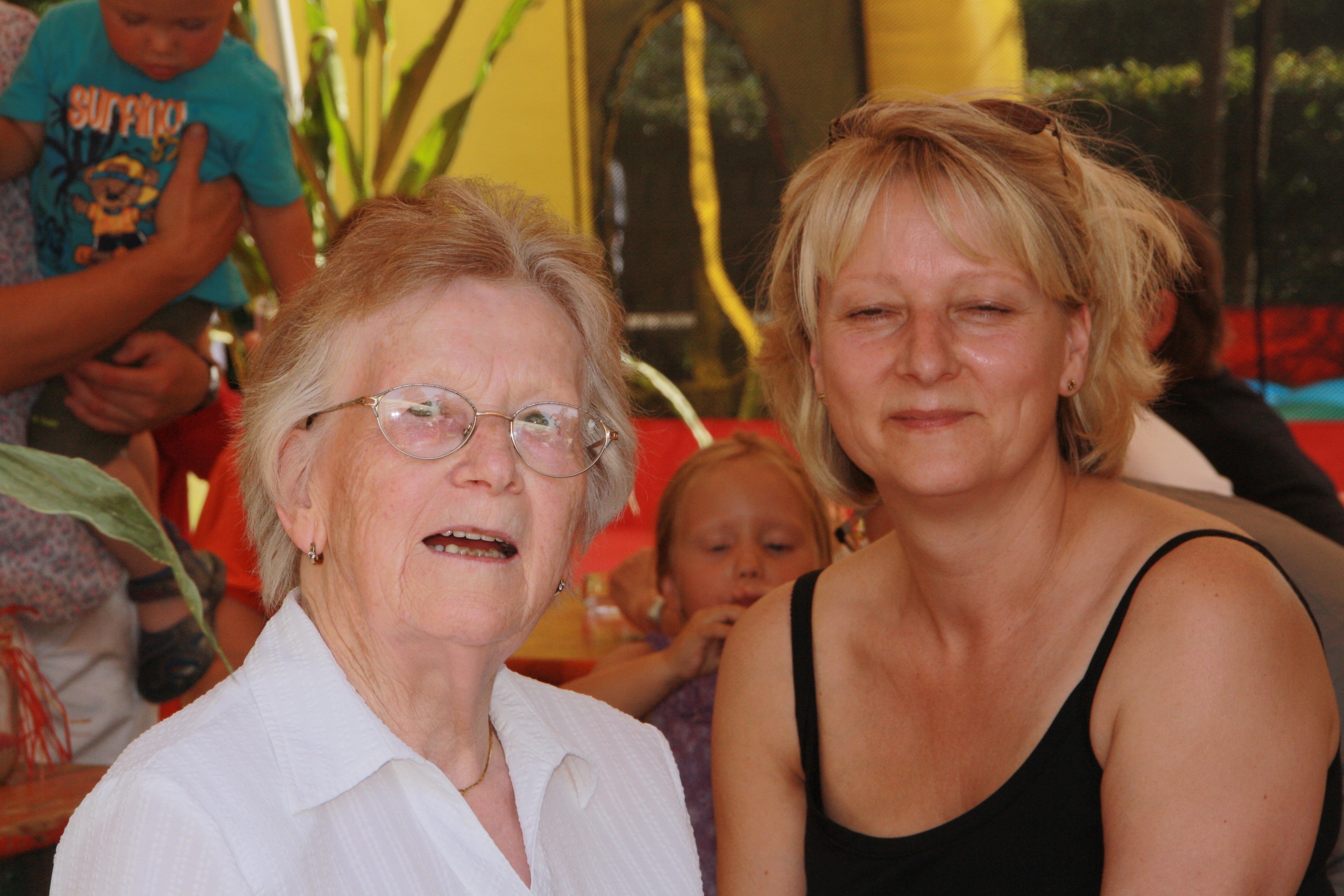 Dorf und Kinderfest 2012 057