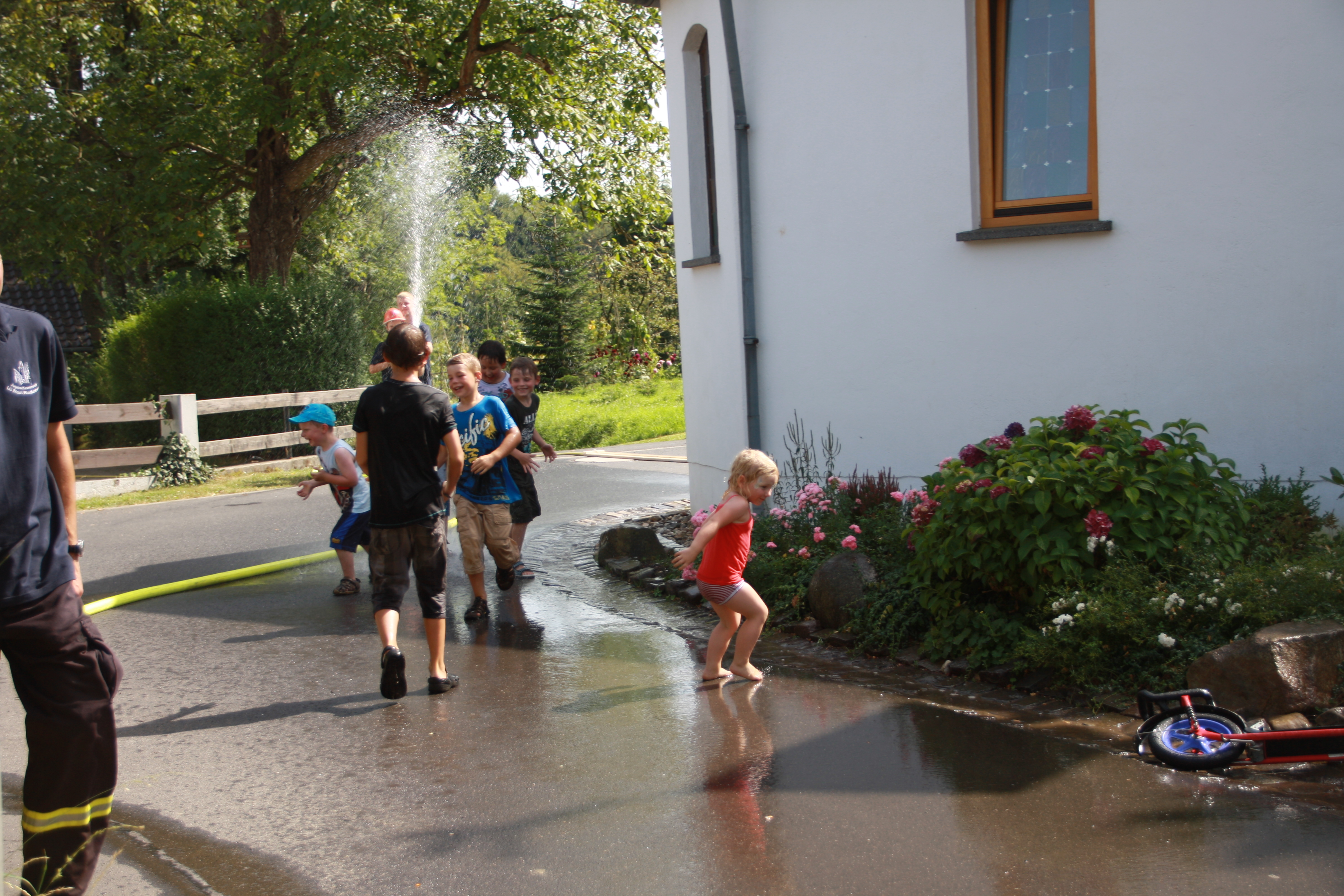 Dorf und Kinderfest 2012 095